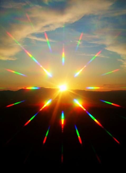 sun reflection rainbow