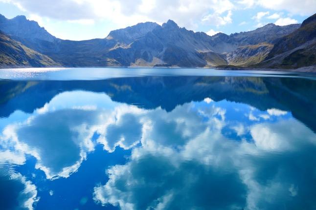 luner-lake_1280